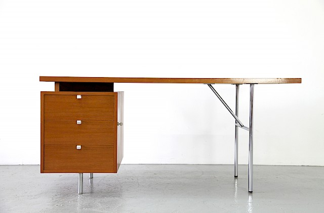 Modern Teakwood Writing Desk / Schreibtisch by George Nelson for Herman Miller 1948_Gallery