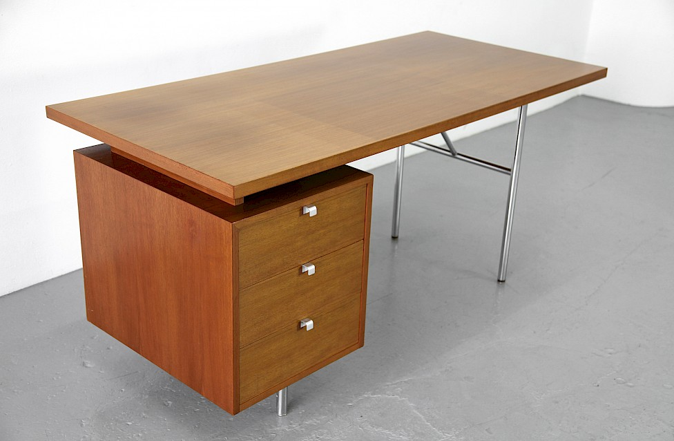Modern Teakwood Writing Desk / Schreibtisch By George Nelson For Herman  Miller 1948_2
