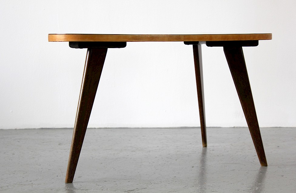 Three-Legged Coffee / Couchtisch Table by Hans Bellmann for DOMUS_Gallery