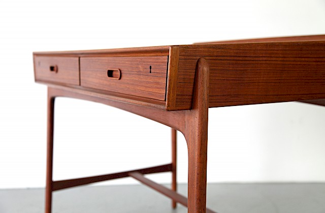 Freestanding Teak Writing Desk / Schreibtisch by Svend Aage Madsen, 1958 - Made in Denmark_Gallery