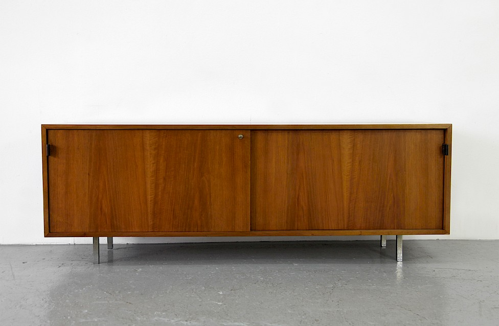 Mid Century Modern Walnut Credenza by Florence Knoll for Knoll International_Gallery