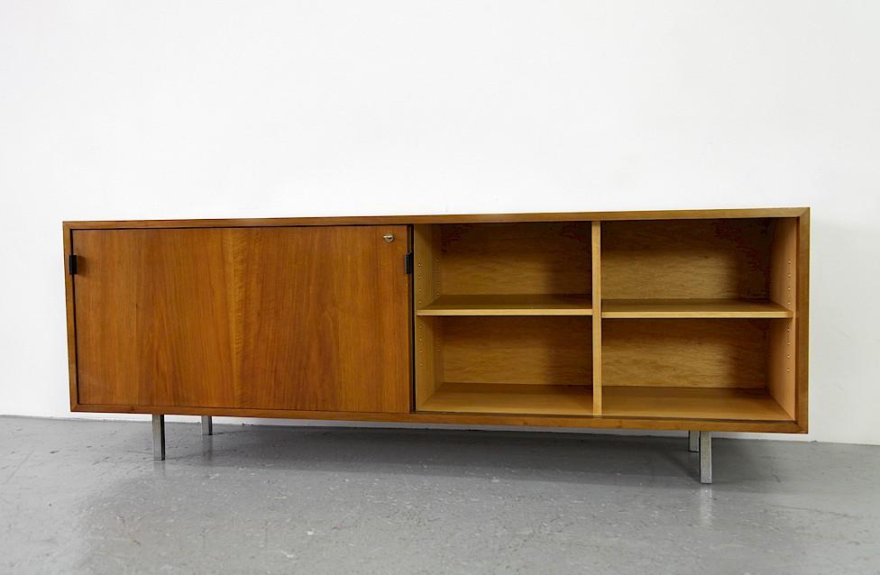 florence knoll walnut credenza adore modern. Black Bedroom Furniture Sets. Home Design Ideas