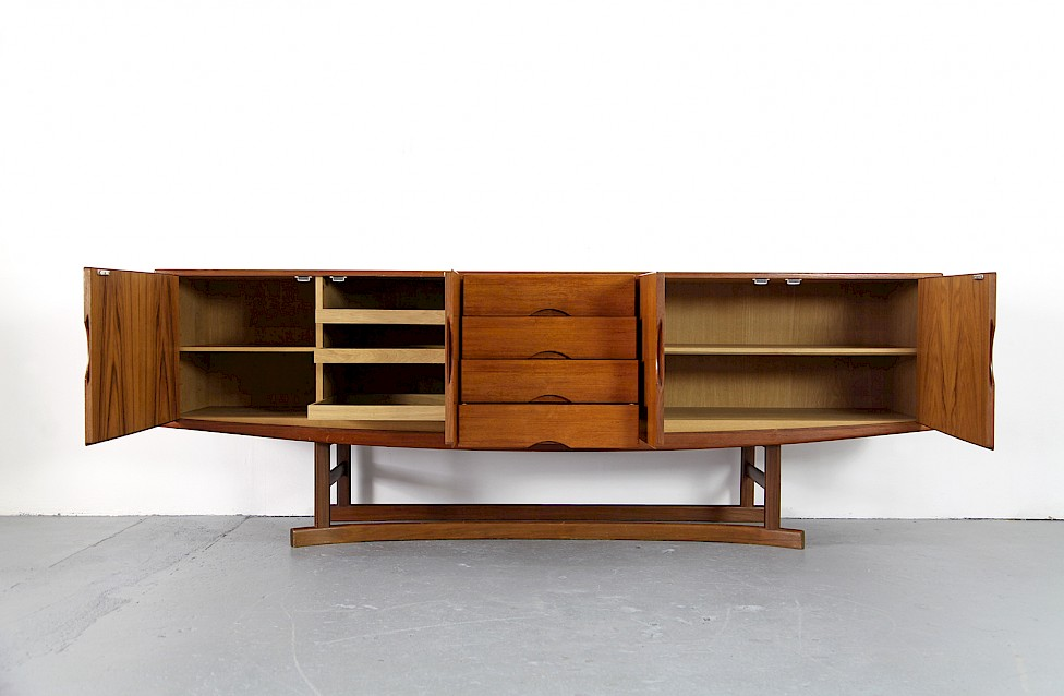 Danish ModernTeak Sideboard Model HB 20 by Johannes Andersen for Hans Bech 1968 - Made in Denmark_7