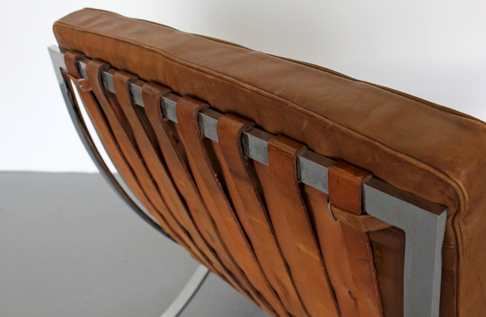 Mies van der Rohe Sessel MR90 - Adore Modern