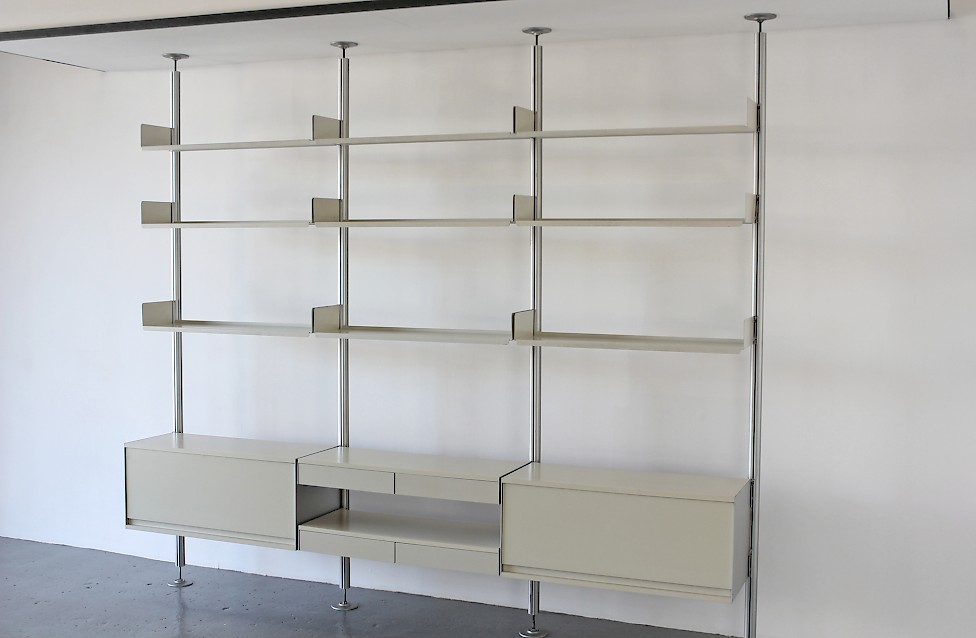 dieter rams modulares regalsystem adore modern. Black Bedroom Furniture Sets. Home Design Ideas