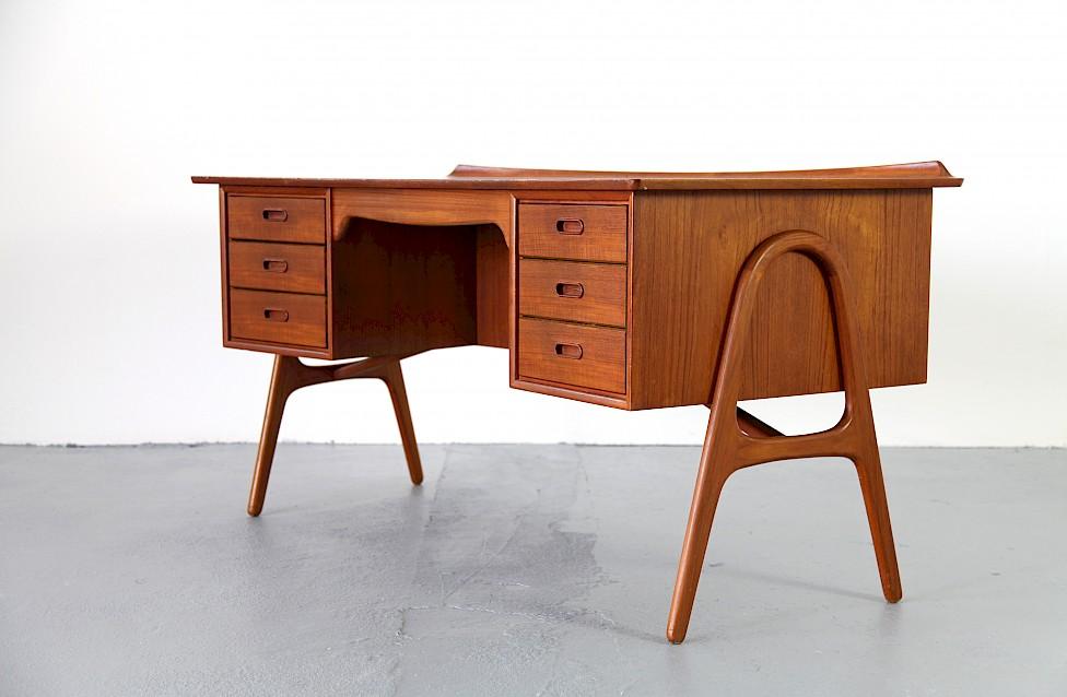 Teak Writing Desk / Schreibtisch by Svend Aage Madsen for Sigurd Hansen - Made in Denmark_Gallery