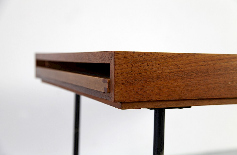Exceptional Mid Century Modern Teak Coffee / Couchtisch Table Model 4652 By George  Nelson For Herman Miller_Gallery