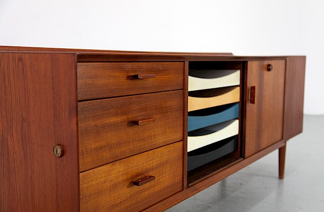 Danish Modern Teak Sideboard Model 211 with colored drawers by Arne Vodder for Sibast_ Denmark_Gallery