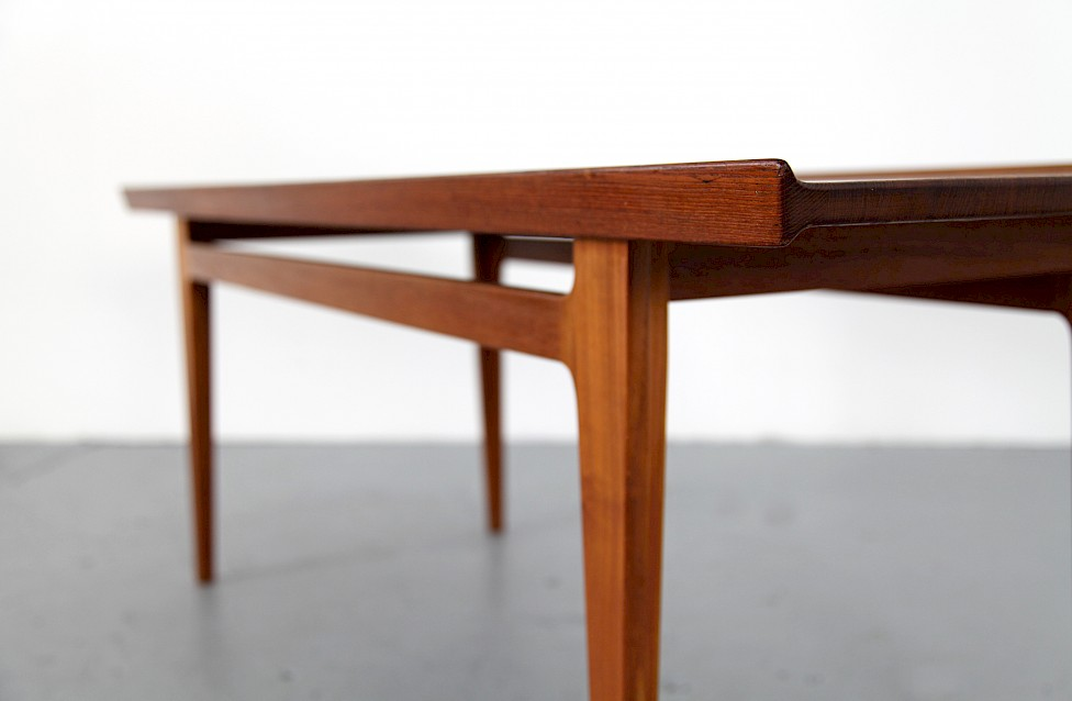 Danish Modern Teak Coffee Table By Finn Juhl For France And Søn Made In Denmark Gallery