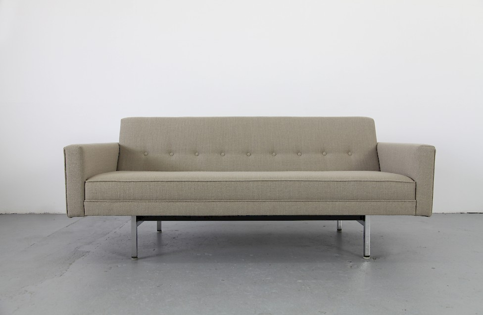 Two Seater Sofa By George Nelson For Herman Miller With New Upholstery Mid Century Modern 1