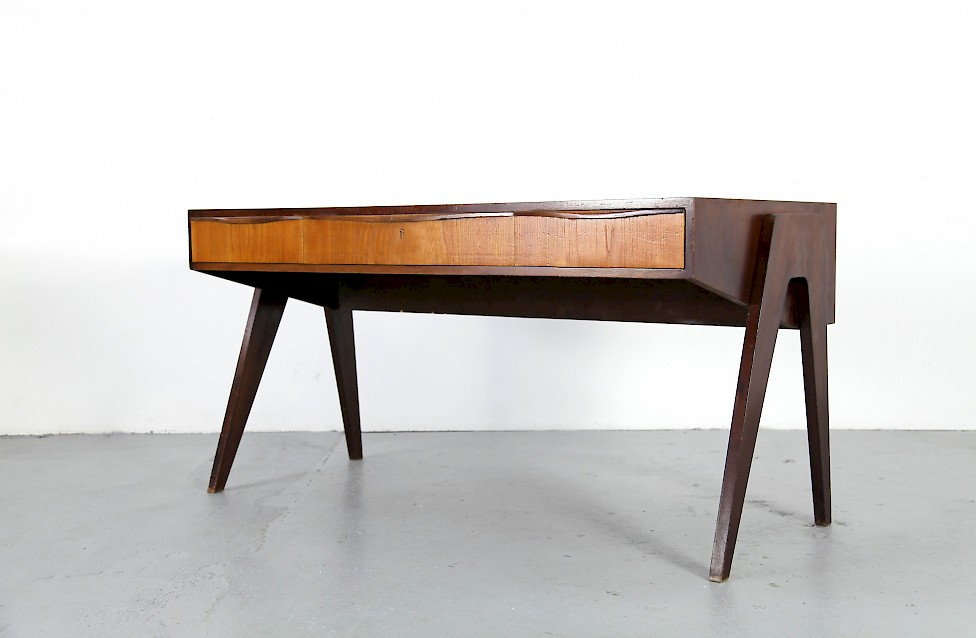 mid century modern nussbaum schreibtisch von behr m bel. Black Bedroom Furniture Sets. Home Design Ideas