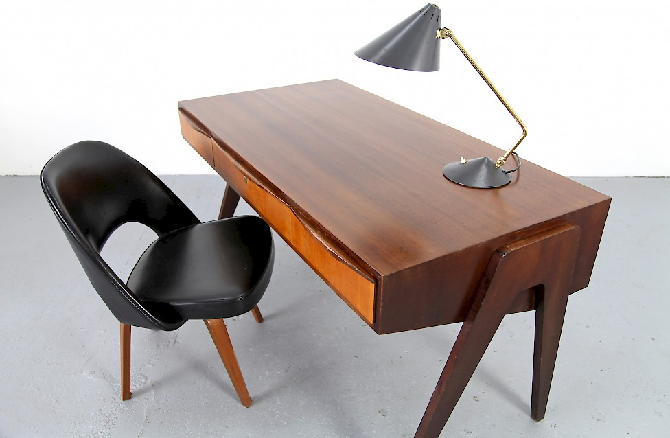 mid century modern walnut writing desk by behr m bel adore modern. Black Bedroom Furniture Sets. Home Design Ideas