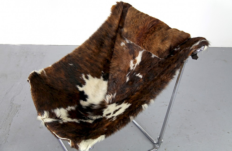 Cowhide Lounge Chair with Ottoman Turbular Steel by Kwok Hoi Chan for Steiner Paris France 1969 Mid Century Modern_8