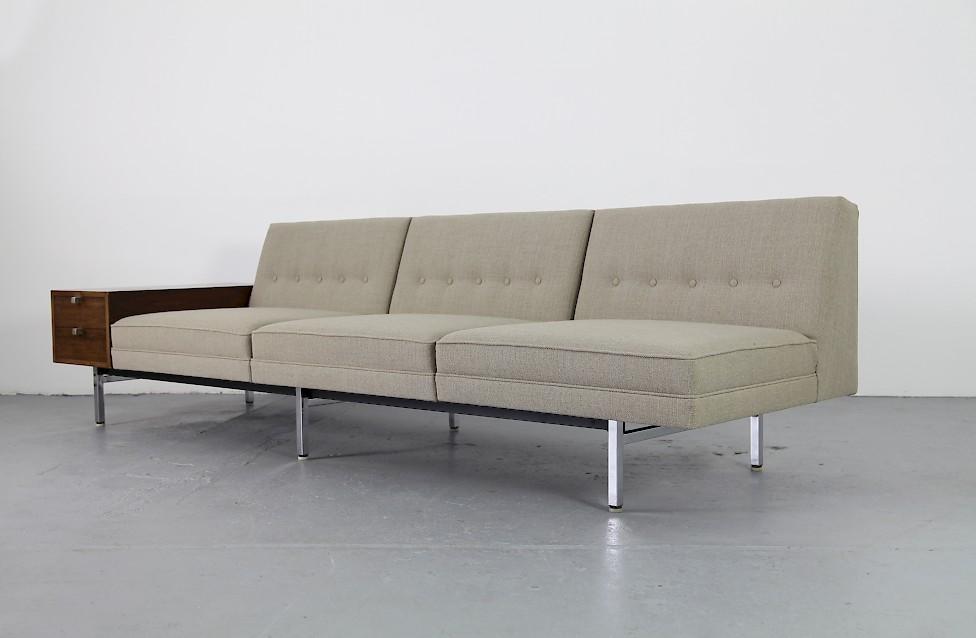 modularer dreisitzer mit tisch von george nelson adore modern. Black Bedroom Furniture Sets. Home Design Ideas