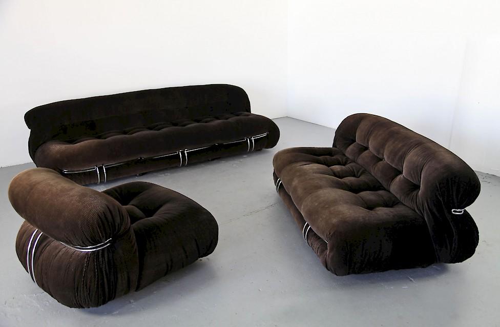 Soriana zweisitzer sofa von cassina italien adore modern for Cassina italy