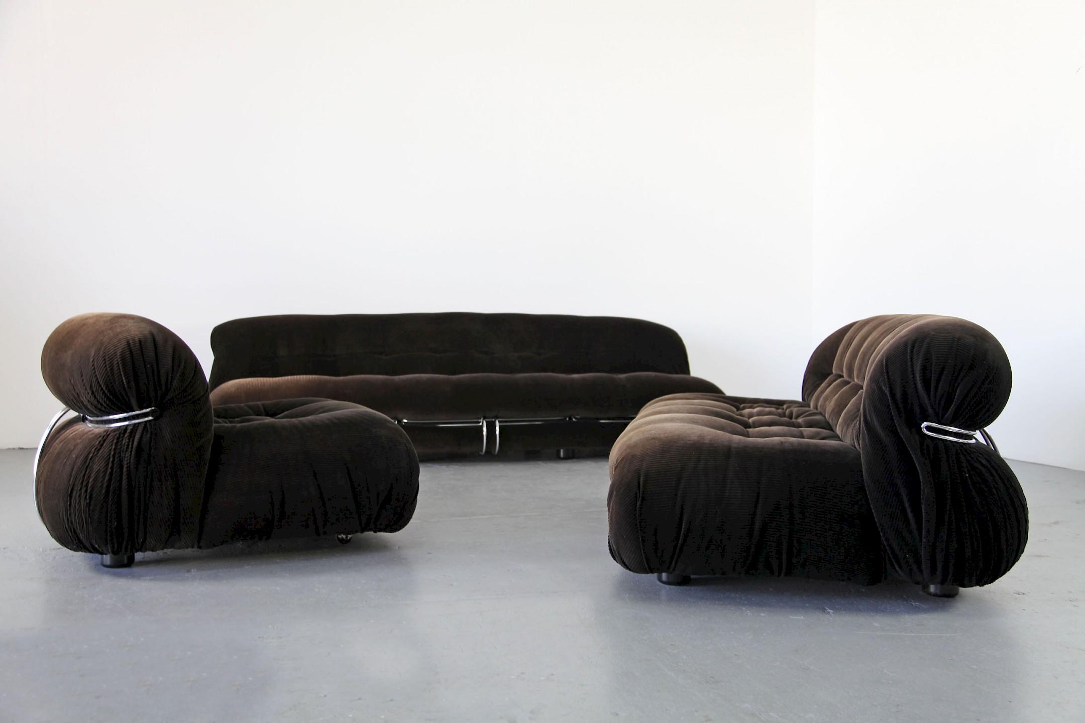 Soriana dreisitzer sofa von cassina italien adore modern for Cassina italy