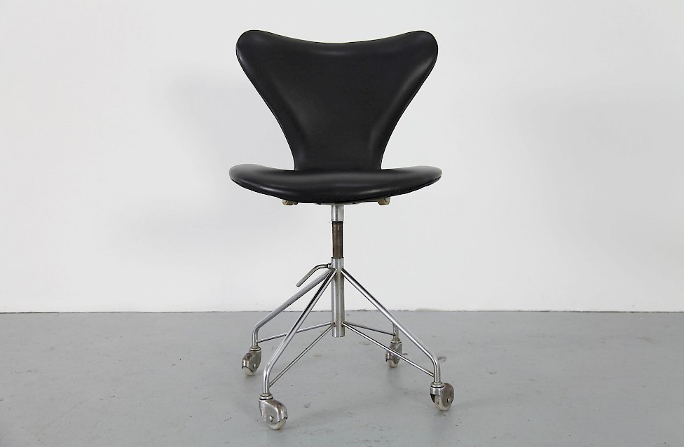 Real Leather Office Chair Mod 3117 Adore Modern