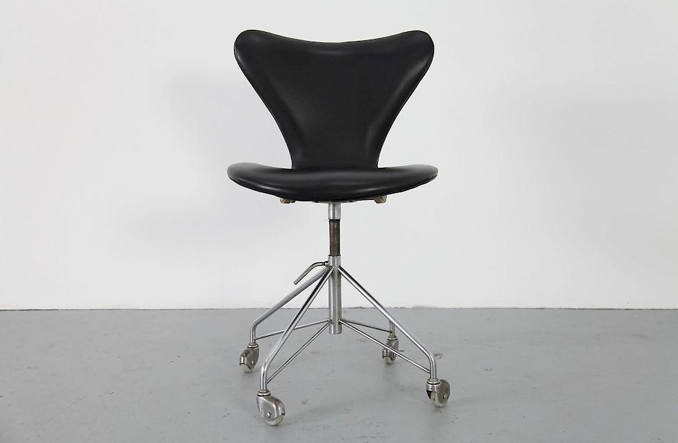echtleder b rostuhl mod 3117 adore modern. Black Bedroom Furniture Sets. Home Design Ideas