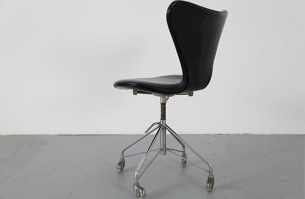 Schreibtischstuhl modern  Real Leather Office Chair Mod. 3117 - Adore Modern