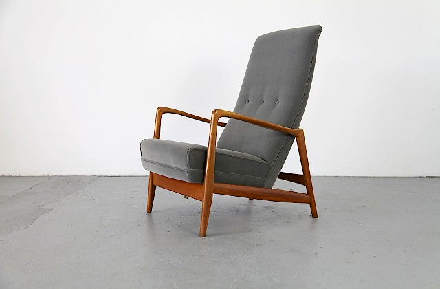 Italian Easy Chair by Gio Ponti