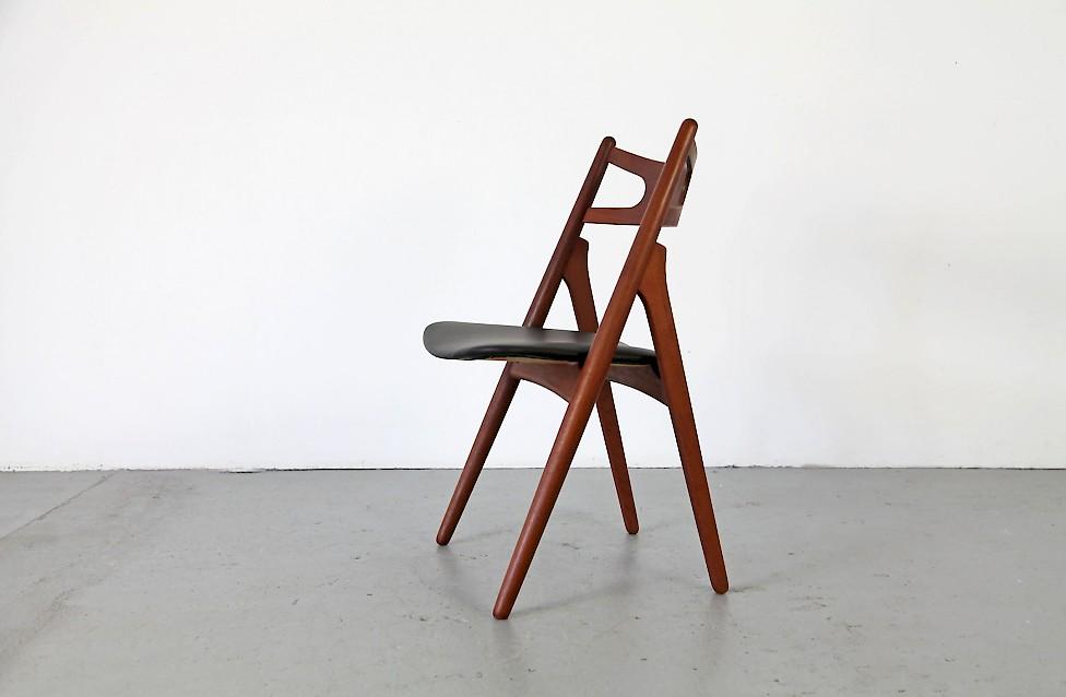 Savbukstolen Chair Ch 29 W Leather Adore Modern