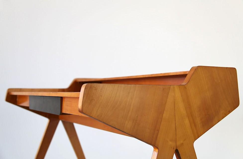 Freestanding Desk By Helmut Magg