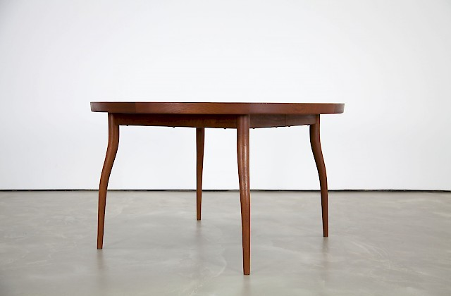 Dining Table NV56 by Finn Juhl