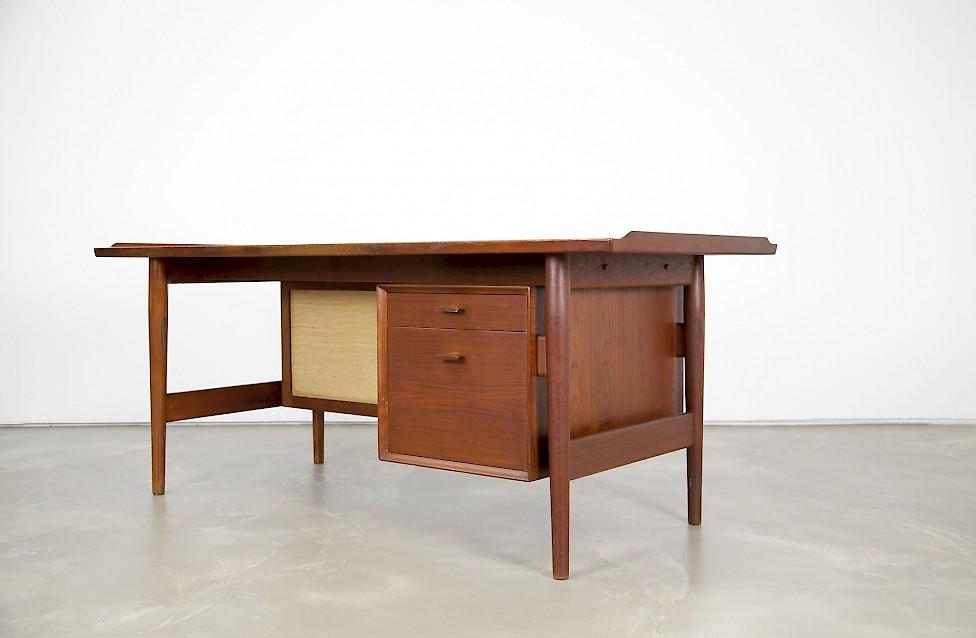 Teak Desk By Arne Vodder