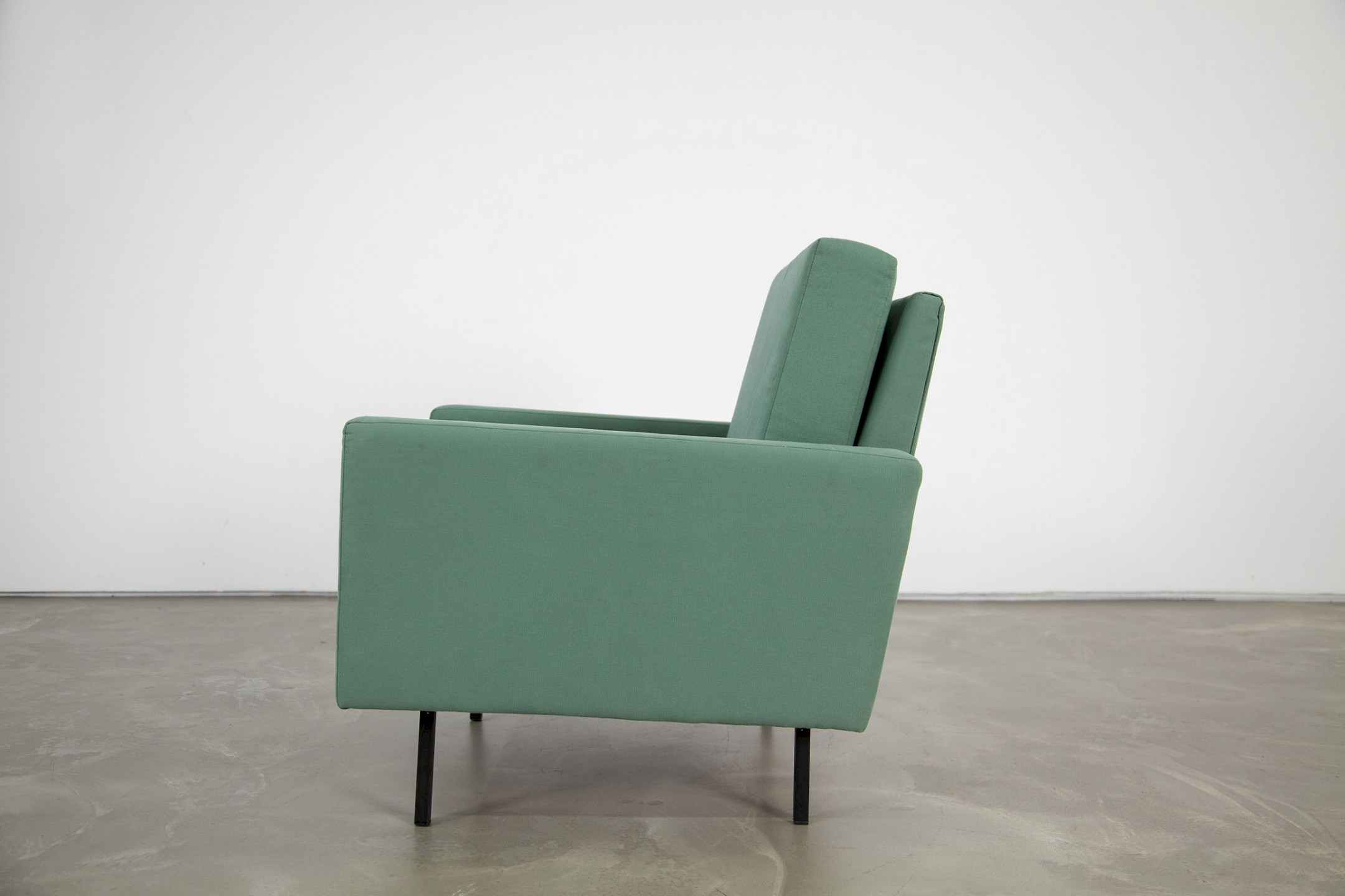 lounge chairs 25 bc by florence knoll adore modern