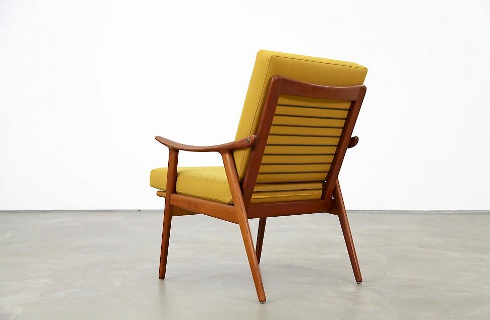 Beautiful Fredrik Kayser Easy Chair