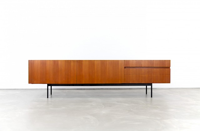 Sideboard B41 by Dieter Waeckerlin