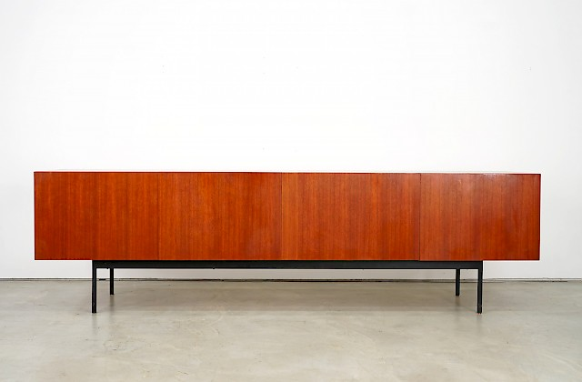 Teak Sideboard B40 by Dieter Waeckerlin