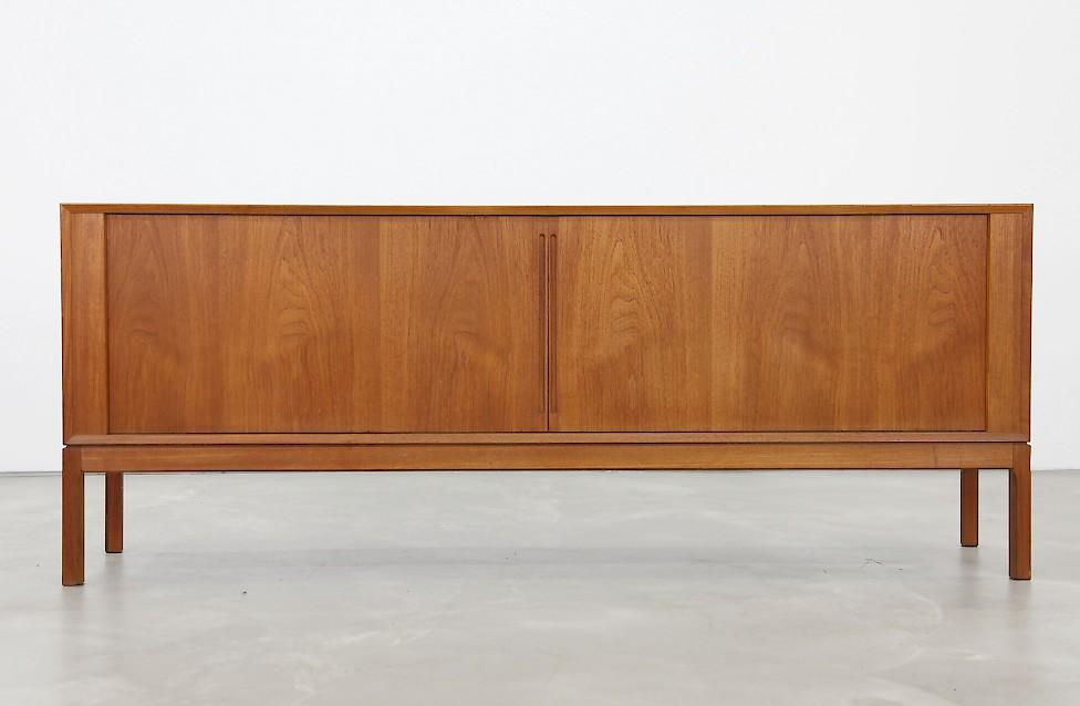 d nisches teak sideboard mit schiebet ren adore modern. Black Bedroom Furniture Sets. Home Design Ideas