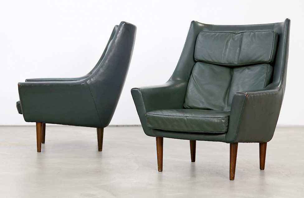 Zwei Danish Lounge Chairs