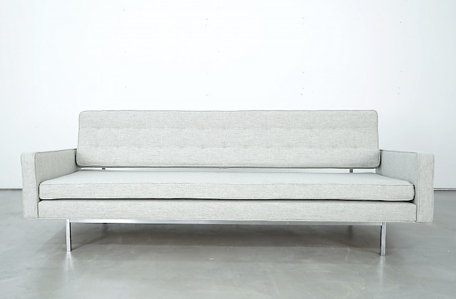 Daybed by Richard Schultz