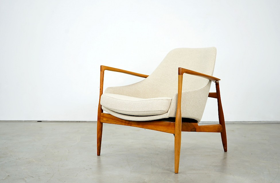 "Armchair ""D 200"" by Ib Kofod-Larsen"