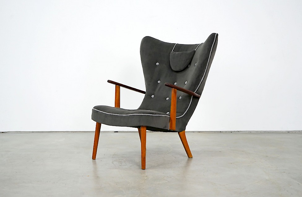 Wingback Lounge Chair Pragh by Ib Madsen & Acton Schubell