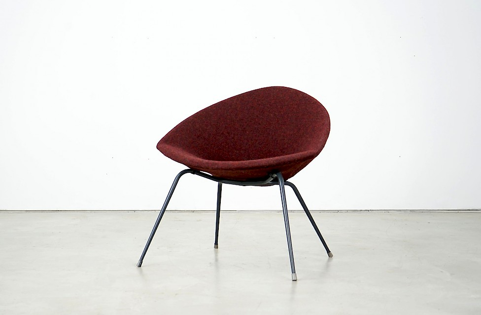 Organic Armchair with Steel Frame