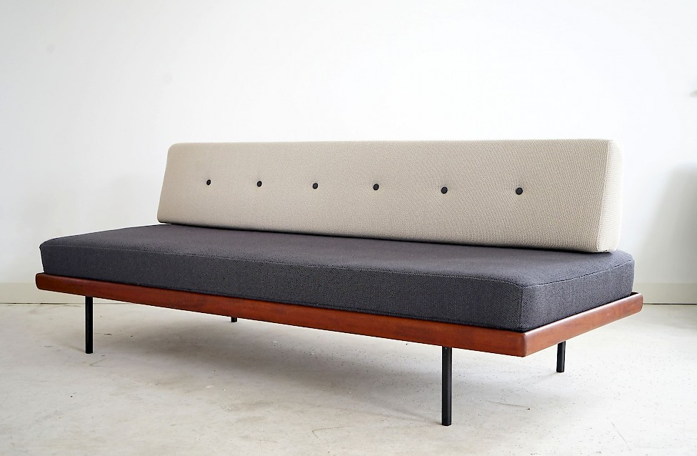Daybed Knoll Antimott by Walther Knoll