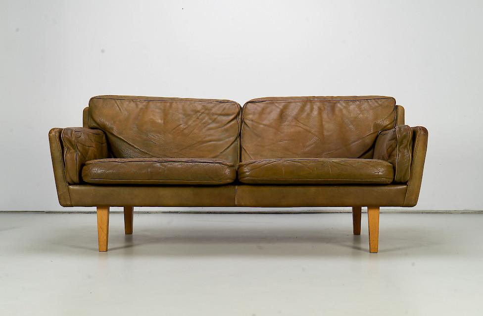 Leather Sofa by Illum Wikkelsø