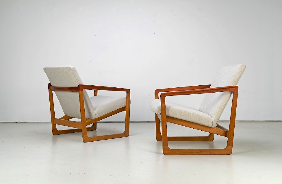 Sled Easy Chairs by PMJ