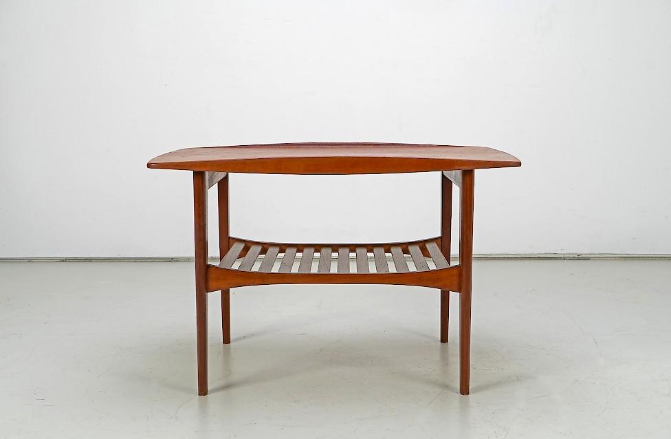 Side Table FD510 by Kindt-Larsen