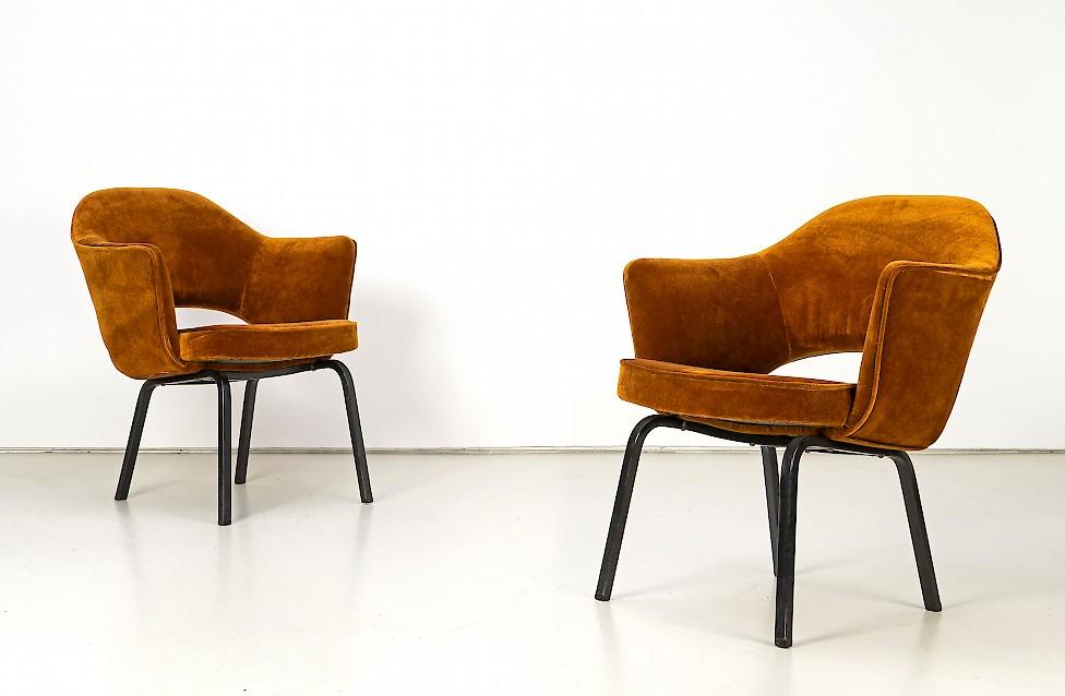 Eero Saarinen - Executive Conference Arm Chair