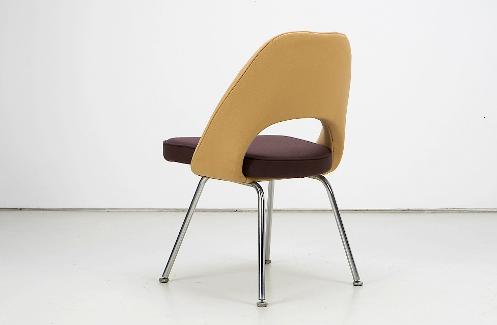 Eero Saarinen - Executive Conference Side Chair