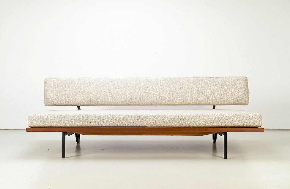 Daybed by Franz Hohn